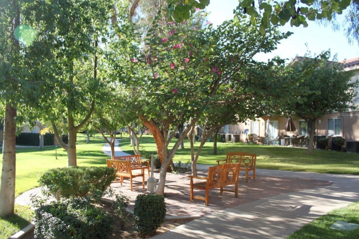 Independent Amp Assisted Senior Living Apartments In
